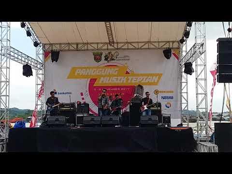 Reborn - Temani Aku (Live Perform at Festival Mahakam Samarinda 2017)
