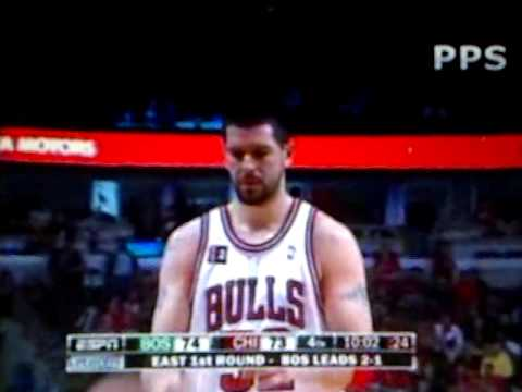 Boston Celtics - Chicago Bulls Glen Davis flop after Brad Miller