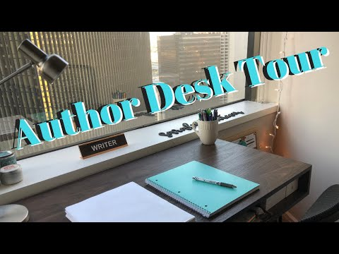 My Writing Desk Tour 2020 // Downtown Dallas