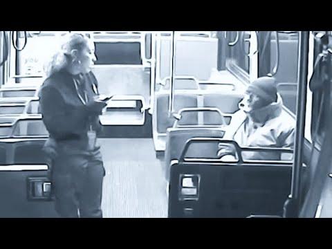 Un senzatetto cerca riparo a bordo del bus: la reazione dell'autista è una lezione di umanità