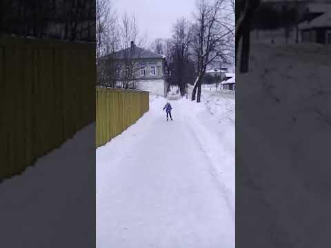Наташа на коньках