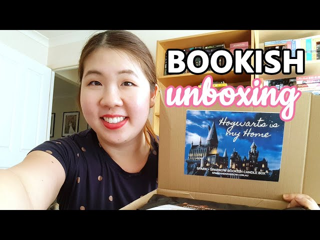 BOOKISH UNBOXING: Spark + Sparrow Hogwarts Candle Box