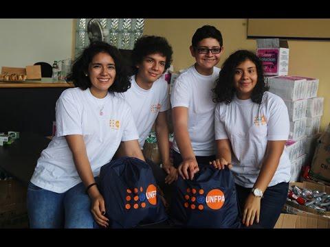 Voluntarios armaron kits de protección e higiene para mujeres damnificadas por lluvias