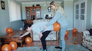 Repeat youtube video HUMPING BOYFRIEND WITH BALLOON W/ JAI WAETFORD🙀