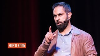 Ramit Sethi Shares Bootstrapping Tactics for I Will Teach You To Be Rich – Hustle Con 2016