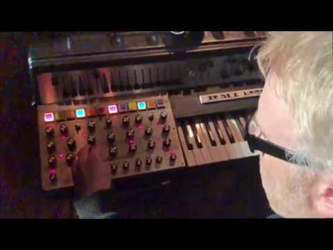 DinosaurierTreffen 2018 Synthesizer Demos, RMI Harmonic Demo