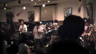 What is hip? ( Tower of Power) アフターアワーズ14周年パーティー 201...