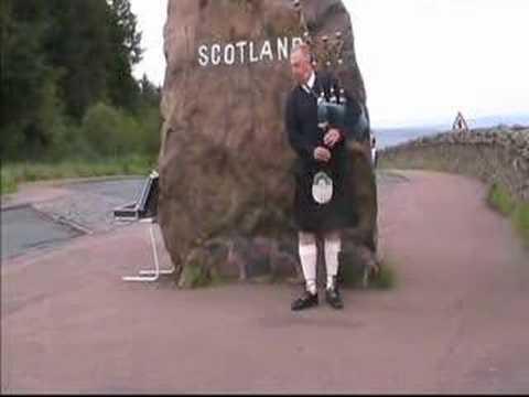 Video log July 2007: Piper on English/Scottish border