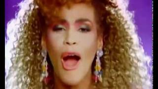 Whitney Houston VS Cyndi Lauper VS Sean Paul - Girls Just Wanna Dance!