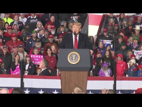 Trump speaks at rally at Warren County Fairgrounds