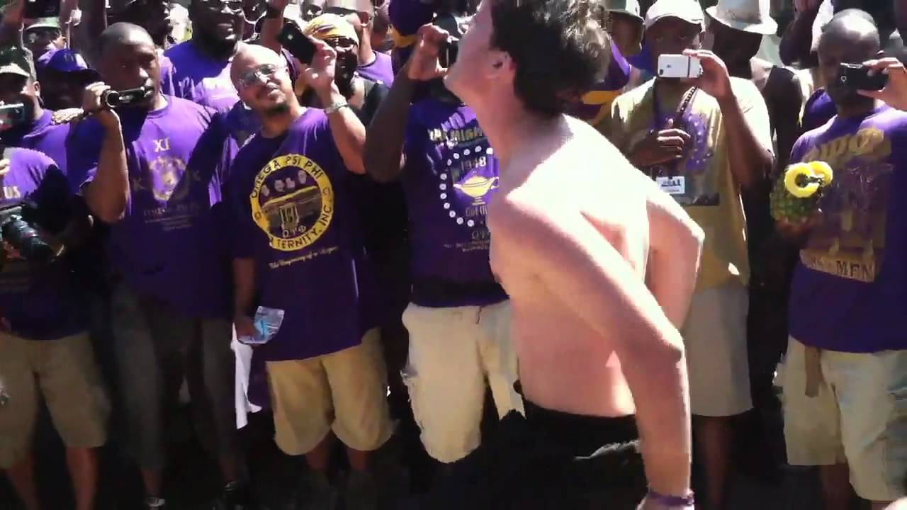 White que from omega psi phi centennial sets it owt youtube white que from omega psi phi centennial sets it owt buycottarizona Image collections