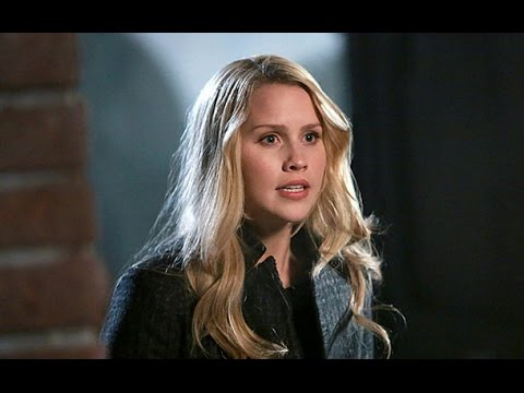 Claire Holt returning to the originals season 3