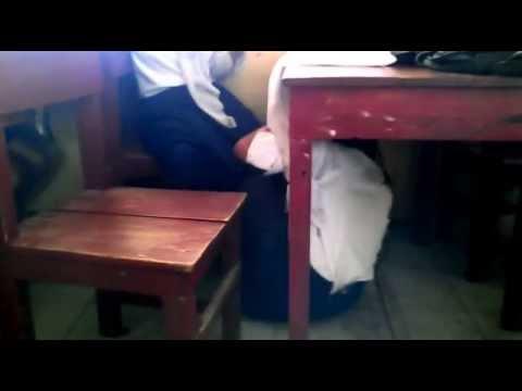 siswa smp buka jilbab bawah meja youtube
