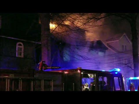 Newark Nj Fd Lower Vailsburg Heavily Involved House Fire W/Entrapment (Vermont Ave) 4-5-18