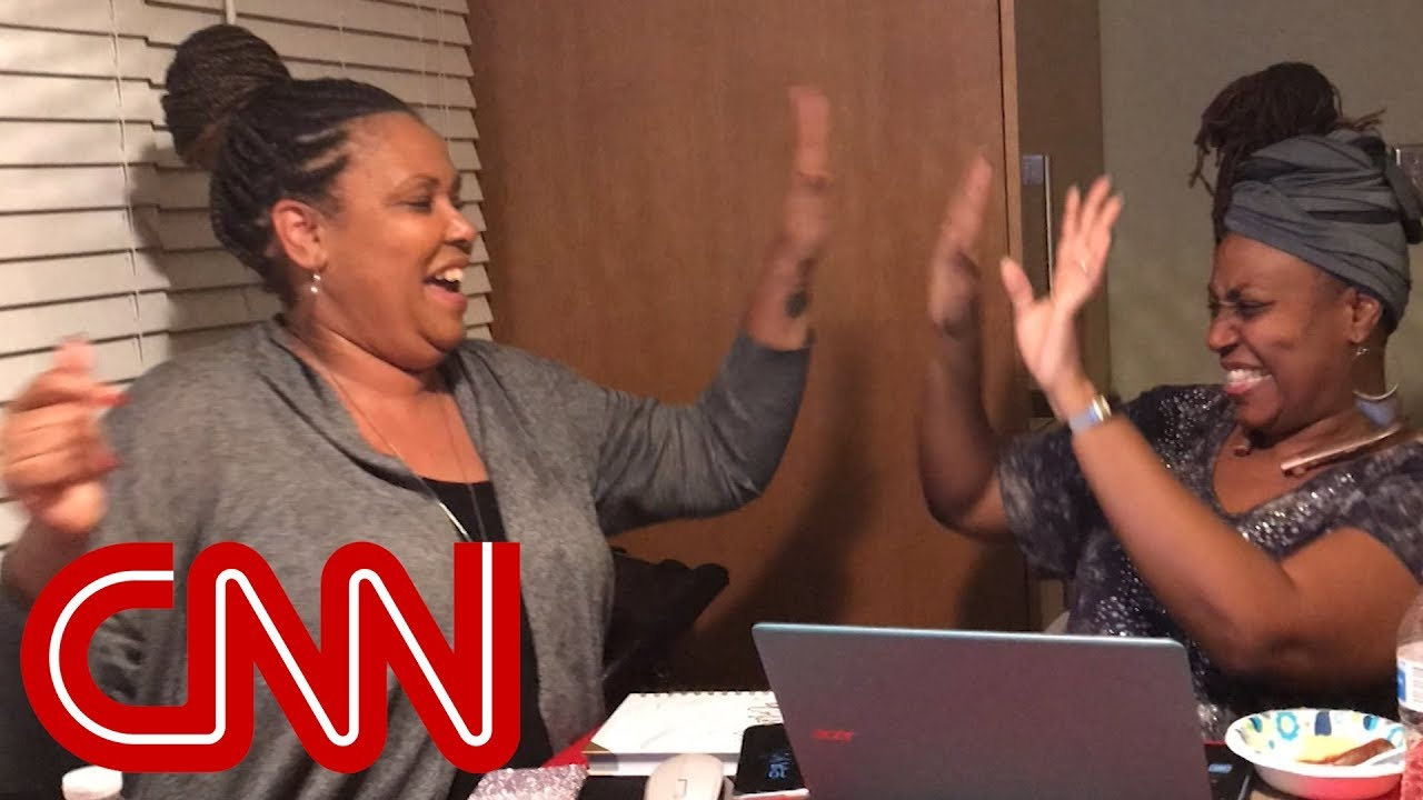 'Furlough sisters' start business to make money during shutdown