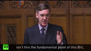 Mogg hits out at Starmer over power  during Brexit Bill