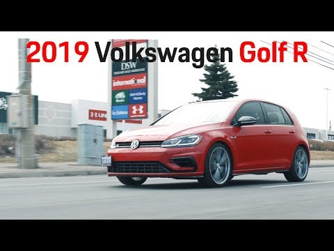 "2019 VW Golf R Review - Battle of the ""R""s [4K] 1/4"