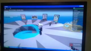 playing roblox as I listen to fran mg