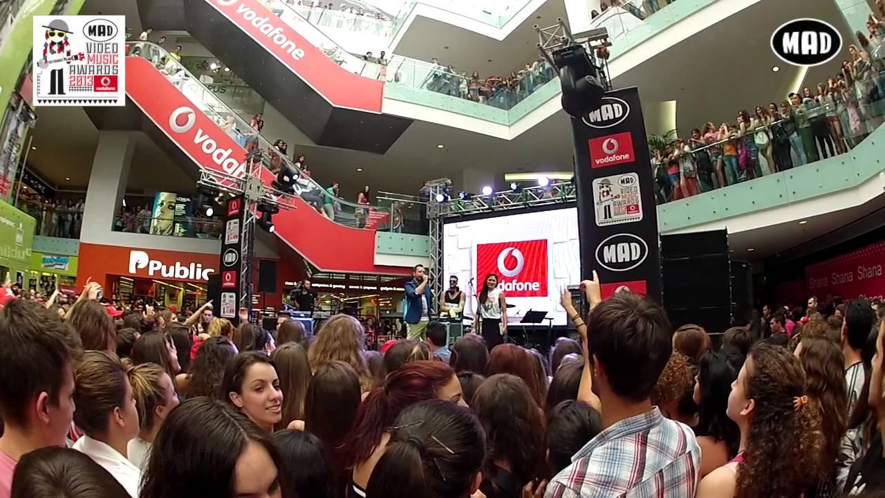 """Αποκλειστικά πλάνα από την συναυλία """"10 Years VMA"""" (VMA 2013 by Vodafone)"""