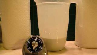 Aluminum Oxide Polish Sedimentation - 60 Minutes(About 12 ounces of aluminum oxide polish, used in polishing rocks, in 2 quarts of water. Setting occurs over 1 hour - a 2 minute video. This is why you never, ..., 2008-12-15T18:39:24.000Z)