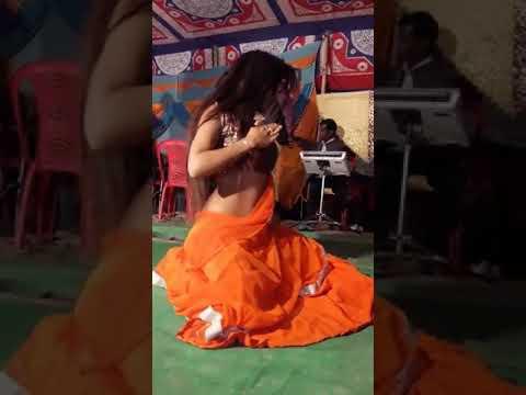 Singer Manisha Gha Ka Arkestra Super Duper Song