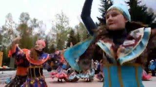 Городской парк 9 мая 2016 танец Цыганочка (011)