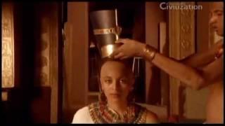 Nefertiti Revelada