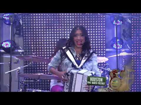 El Nuevo Show de Johnny y Nora Canales (Episode 7.0)- Las Fenix