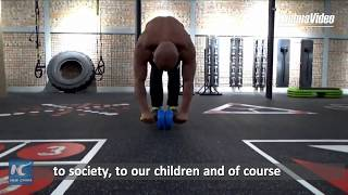 """Meet China's """"happy"""" grandpa bodybuilder"""