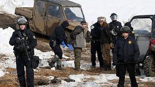 США: начались аресты противников строительства Dakota Access Pipeline