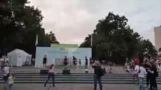 В парке Победы в Киеве в день траура танцевали гопак | Страна.ua