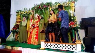 Gambar cover Persembahan lagu dangdut dalam resepsi pernikahan
