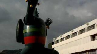 http://prodigy-inc.co.jp/gigax/ 2009年夏に出来た、鉄人28号の実物大の像。