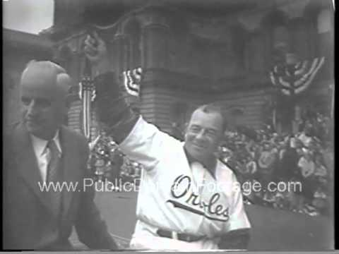 Baseball returns to Baltimore in 1954  - The Baltimore Orioles parade archival footage