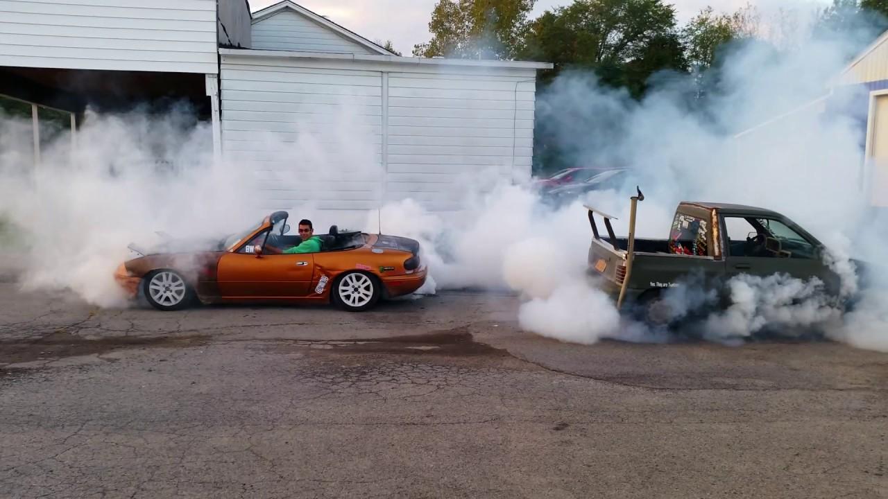 Mazda Miata Vs Ford Festiva Truck Hooking Chains