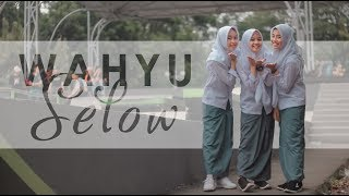 Wahyu - Selow Music Cover  Putih Abu-abu