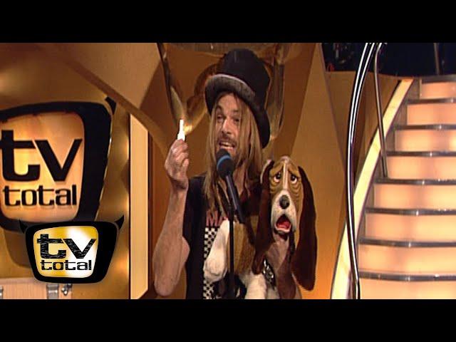 Da wird ja der Hund in der Kiste verrückt | Comedy-Magier Carl-Einar Häckner - TV total