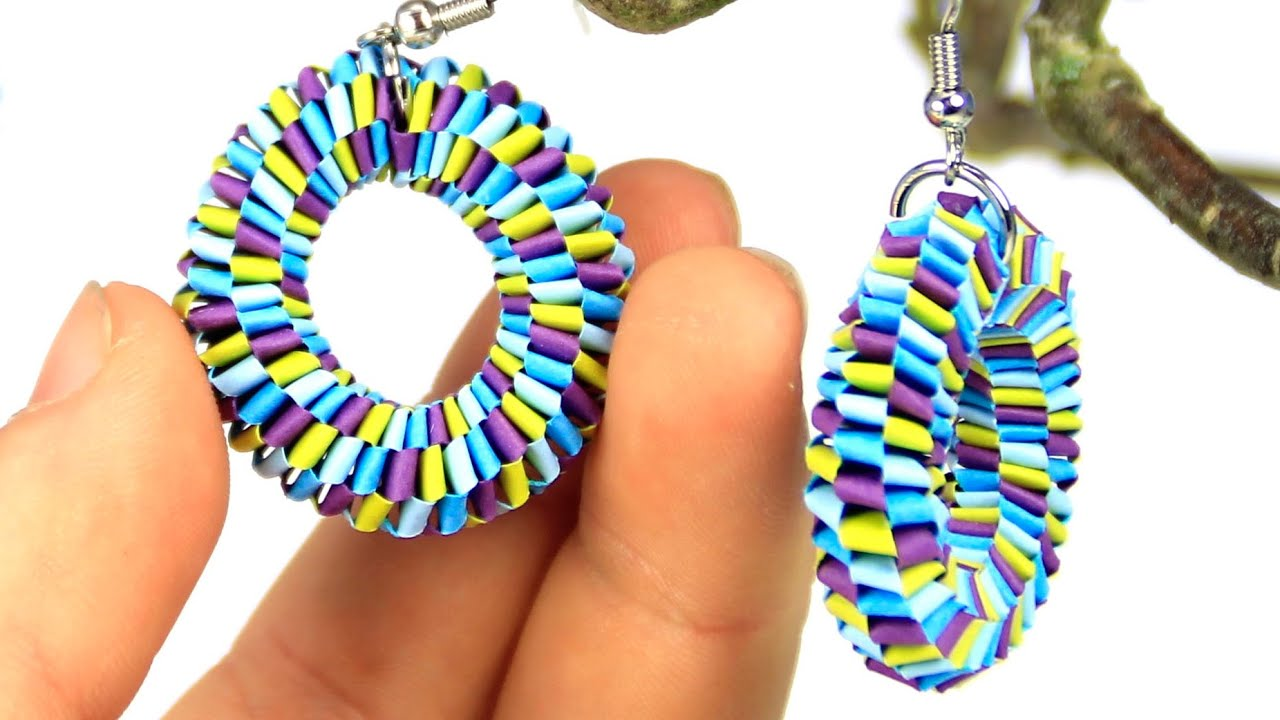 Papercraft Earrings with quilling strips