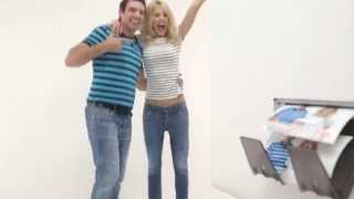 Instant Booth. фотобудка для настоящих selfi(Фотобудка - это новое, но уже очень популярное и модное развлечение для гостей на Вашем празднике! Все с..., 2014-11-04T10:39:48.000Z)