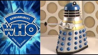 Doctor Who Action Figure Review: SFX Dalek Guard from