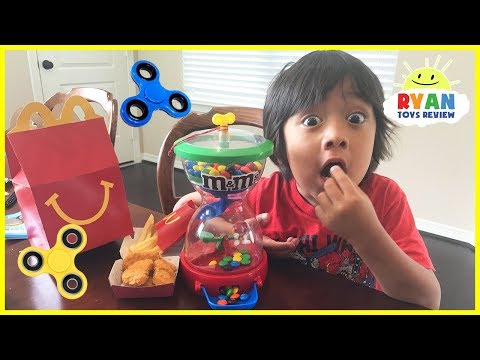 Thumbnail: kids and Mommy pretend Play with M&M candy, Fidget Spinners & McDonald's Happy Meal toys