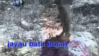 Andrewson Ngalai - Jayau Batu Bulan