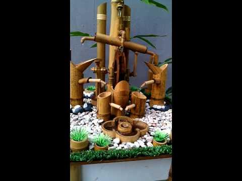 Air mancur bambu