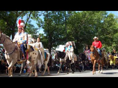 Calgary Stampede Parade 2012, Full coverage / This Old Hat-Gord Bamford