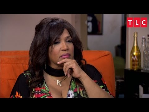 Theresa Connects Actress Kym Whitley With Her Mother | Long Island Medium