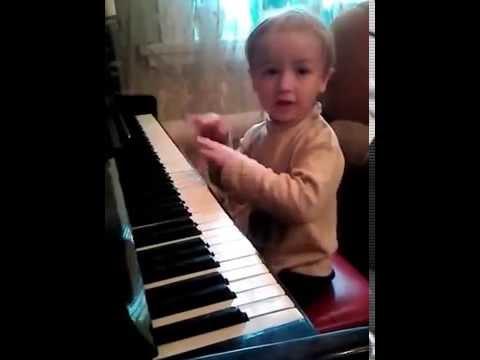 Наш маленький музыкант