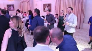 Трогательный танец молодоженов и родителей 26.12.15 arthall.od.ua