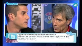 Cara a cara entre Álvaro Benito y Lobo Carrasco por la posesión del Barça