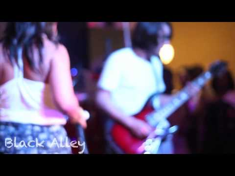 Black Alley rocks out 'Heavy Hitters' @ the BREAkFAST kLUB