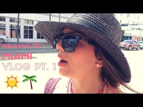 WELCOME TO MIAMI | VLOG #4 PT. 1 | HOTEL ROOM TOUR, ROBBED BY WALGREENS, SOHO BEACH HOUSE